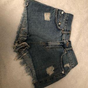 Frayed Short shorts